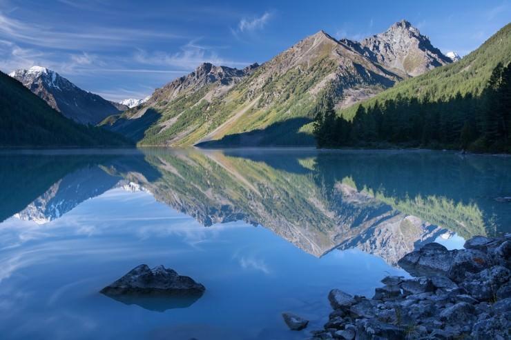 دریاچه خیره کننده Kucherla در سیبری