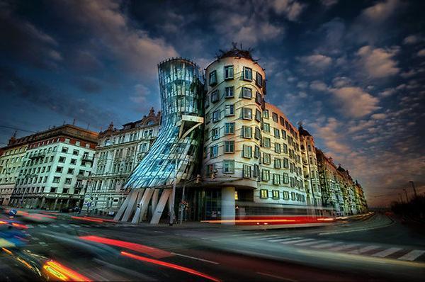 خانه سورئال در پراگ، جمهوری چک