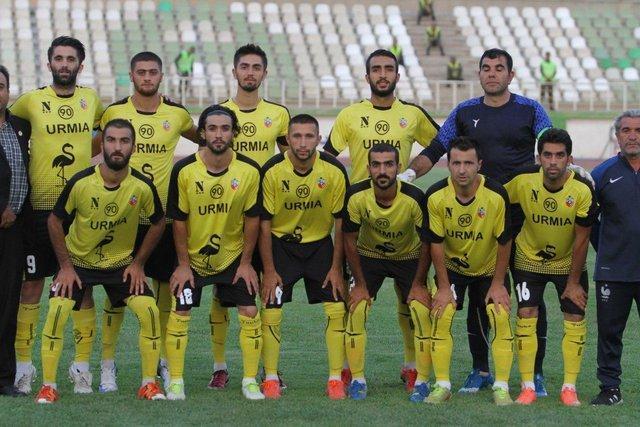 سرمربی نود ارومیه: کار ما در لیگ یک حتی برای بقا سخت است، مسوولان تیم را رها نموده اند