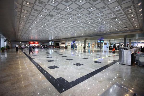 خدمات سیستم حمل و نقل فرودگاه کیش