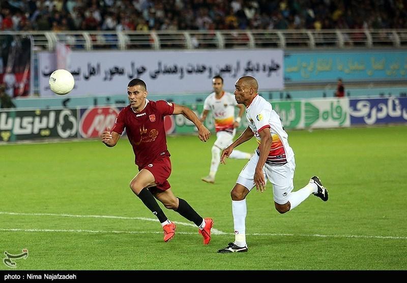 جام حذفی فوتبال، پیروزی فولاد مقابل فجر سپاسی در 45 دقیقه نخست