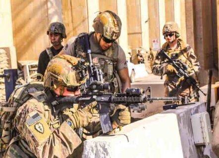 ترامپ: برجسته ترین نظامیان را با کشنده ترین ساز و برگ جنگی در بغداد گسیل کردیم