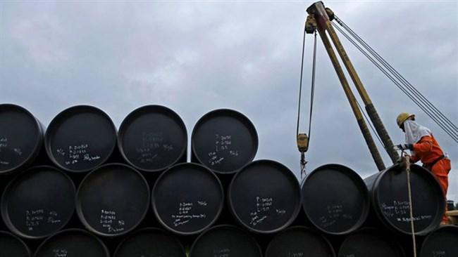 آتش بس نفتی؛ مسکو و ریاض بر سر کاهش رکوردشکن تولیدات توافق کردند